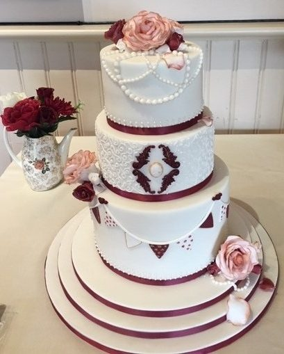 Burgundy and White Roses Bespoke cake